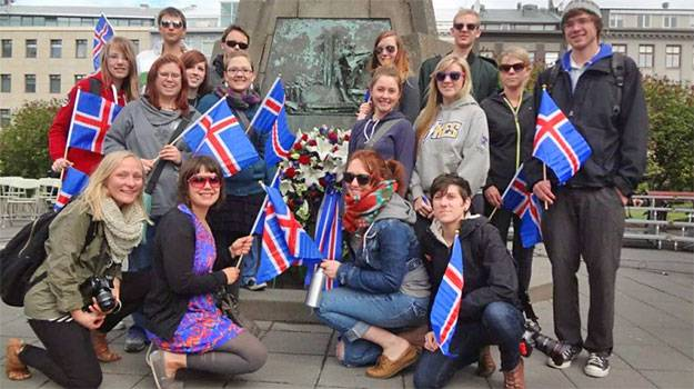 Islanda, tara in care este ilegal ca o femeie sa castige mai putin decat un barbat