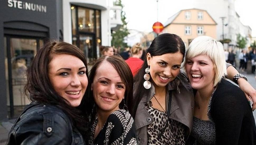 Islanda, tara unde este ilegal ca o femeie sa castige mai putin decat un barbat