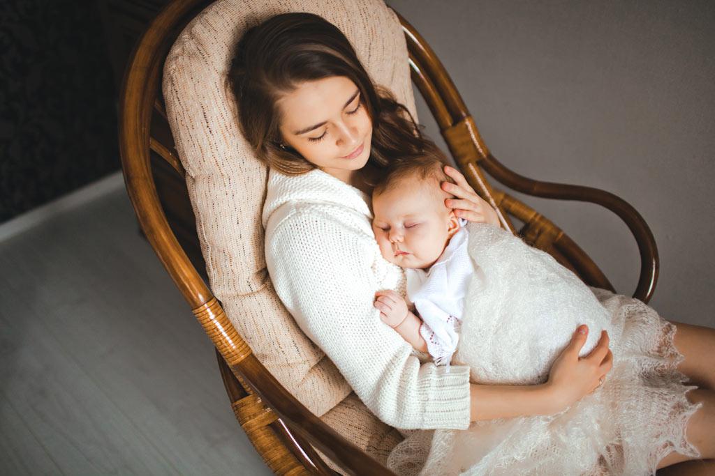 Asezarea bebelusului pe burtica
