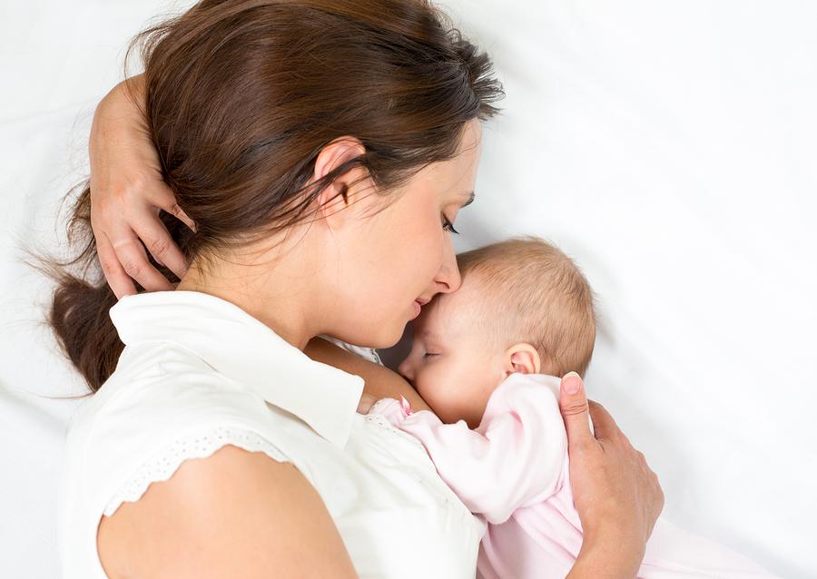cum influenteaza alimentatia mamei starea bebelusului.jpg