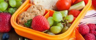 5 alimente pe care trebuie sa le pui in pachetelul copilului tau