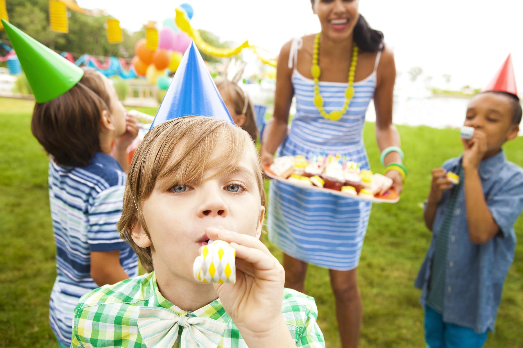 Mini-ghid pentru organizarea unei petreceri reușite pentru copilul tău
