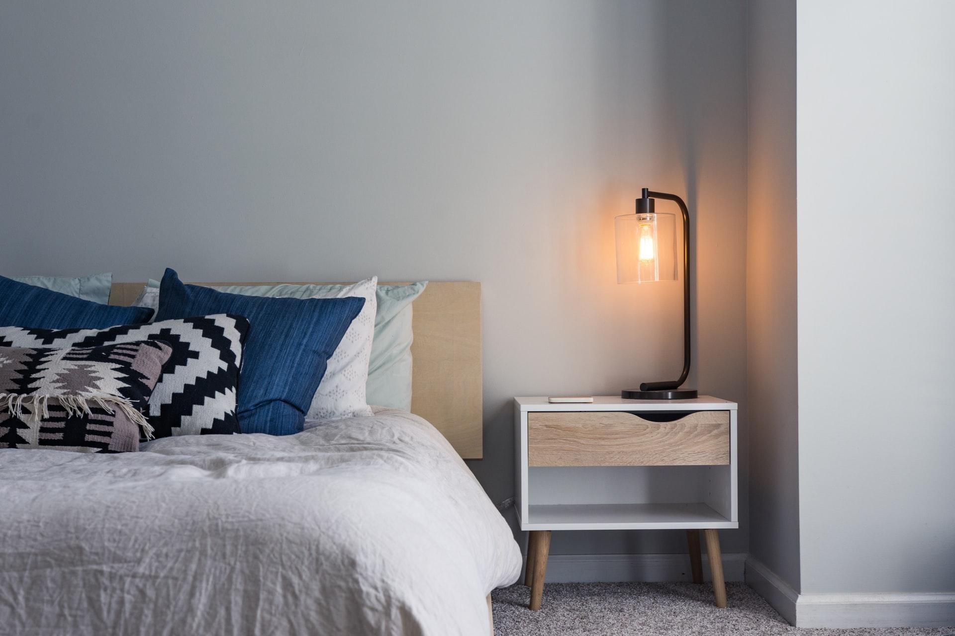 Cum-amenajezi-dormitorul-în-stil-scandinav